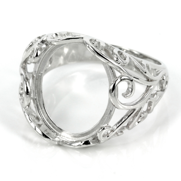 Filigree style ring with bezel mounting in sterling silver 13mm x 15mm
